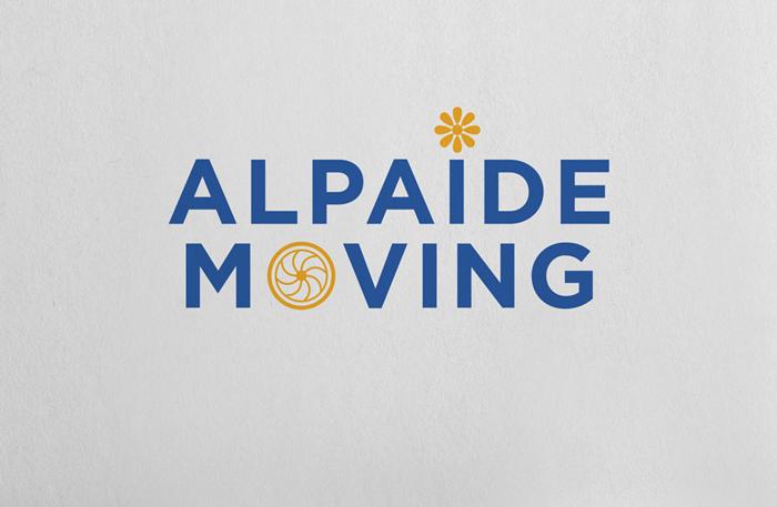 Alpaide-moving-Mockup4-logo-grijze-achtergrond Alpaïde Moving